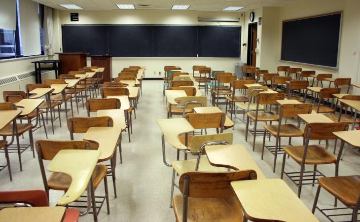 doodled-desks-2-1207070-1279x790